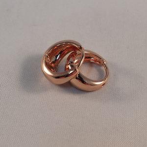 18k Rose Gold Filled Smooth Huggie Hoop Earrings
